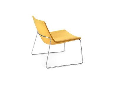 Итальянское кресло Catifa 60 Lounge Sled фабрики ARPER