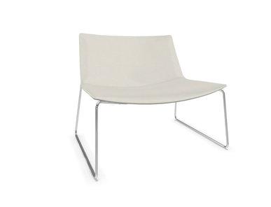 Итальянское кресло Catifa 80 Sled фабрики ARPER