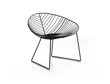 Итальянское кресло Leaf Sled Lounge фабрики ARPER