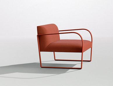 Итальянское кресло Arcos фабрики ARPER