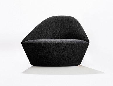 Итальянское кресло Colina L фабрики ARPER