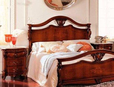 Итальянская кровать CORINZIA ANTIQUARIATO фабрики GRILLI