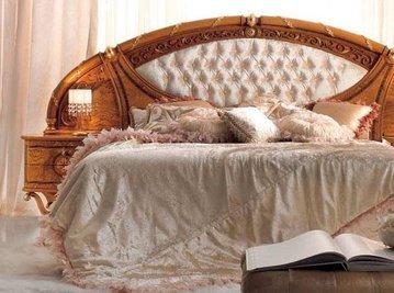 Итальянская кровать Jasmine фабрики Valderamobili