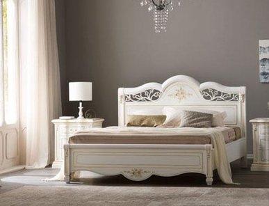 Итальянская двуспальная кровать Vivaldi Avorio фабрики Serenissima