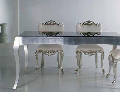 Итальянские столы и стулья Graffiti фабрики Piermaria