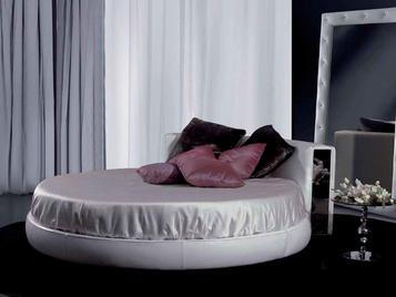 Итальянская кровать Movida фабрики Epoque Must