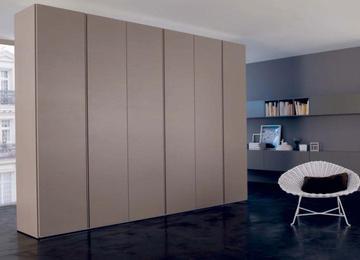 Итальянский шкаф Liscia фабрики Orme