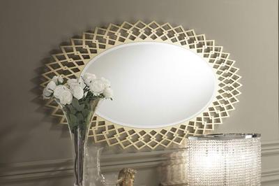 Итальянское овальное зеркало Sign фабрики DV HOME