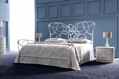 Итальянская спальня IRIS фабрики CORTEZARI