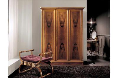 Итальянский шкаф 3-х дверный 2344 фабрики CEPPI