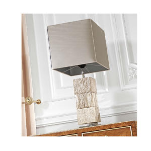 Итальянская настольная лампа OBJ-423210-3A фабрики JUMBO COLLECTION
