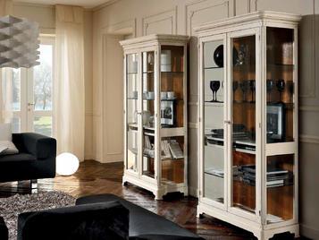 Итальянская 2-х дверная витрина Matisse 03 фабрики FM BOTTEGA D'ARTRE