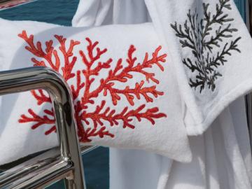 Итальянские полотенца и халаты Corallo фабрики Ricam Art