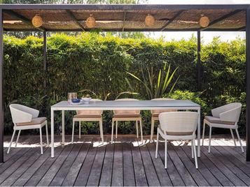 Испанский прямоугольный обеденный стол FENNEC фабрики COLECCION ALEXANDRA