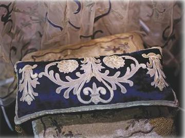 Итальянская подушка Botticelli R-2335 фабрики La Contessinа