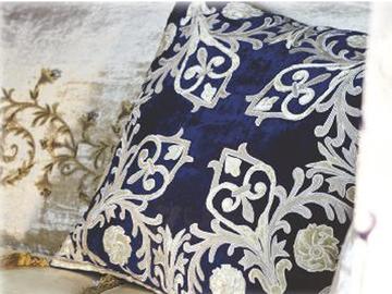 Итальянская подушка Botticelli R-2339 фабрики La Contessinа