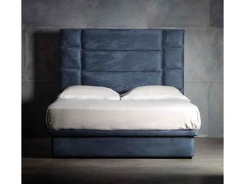 Итальянская кровать Reginald фабрики CHELINI