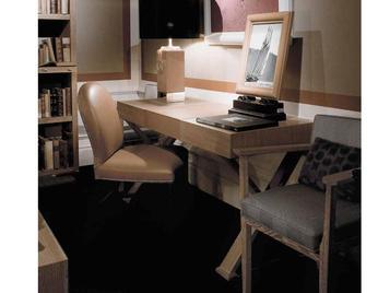 Итальянский письменный стол 5015 фабрики CHELINI