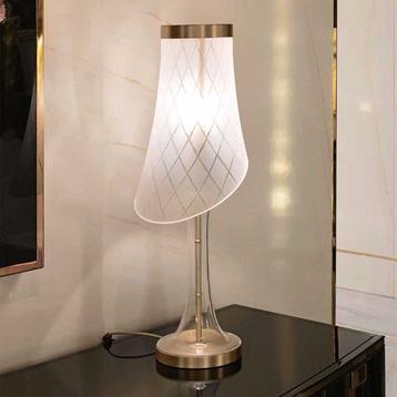 Итальянская настольная лампа Tobis фабрики VISIONNAIRE