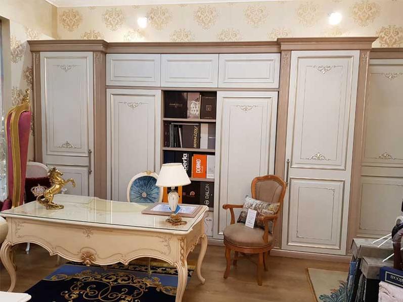 В шоу-руме: итальянская система хранения фабрики BERNAZZOLI