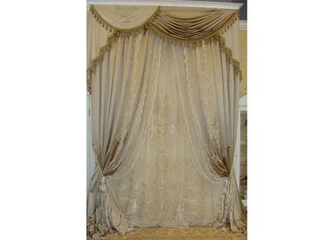 В салоне: итальянские классические шторы фабрики NOBILI
