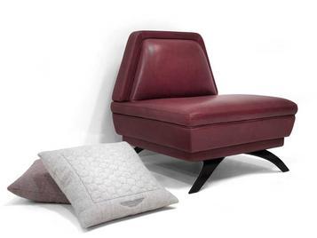 Итальянское кресло V060 фабрики ASTON MARTIN