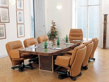 Итальянский стол для переговоров VENUS фабрики R.A. MOBILI S.P.A.