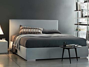 Итальянская кровать Camille  фабрики Lema