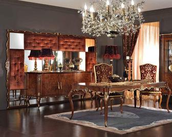 Итальянская гостиная Settecento фабрики Antico Borgo