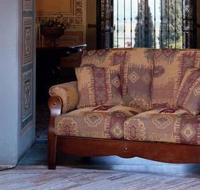 Итальянский диван GUADALUPE фабрики LES COUSINS S.r.l.