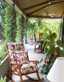 Итальянское кресло-качалка COUNTRY фабрики LES COUSINS S.r.l.